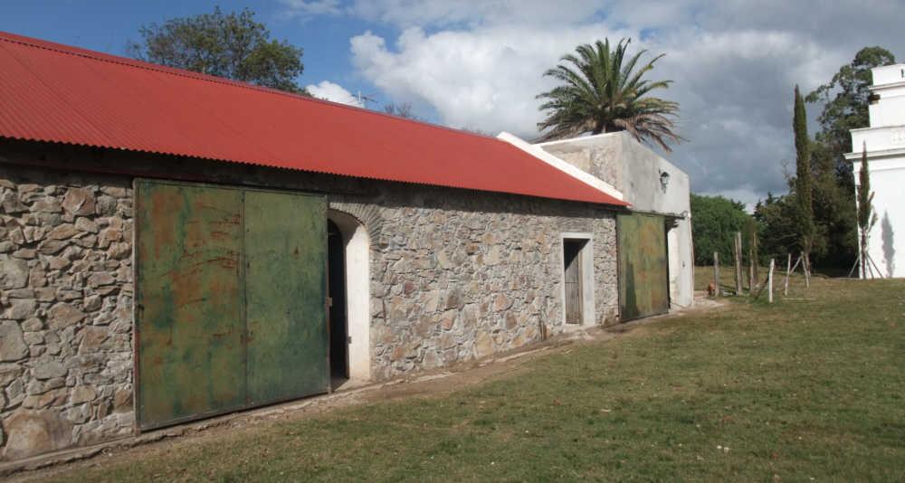 fieldstone barn